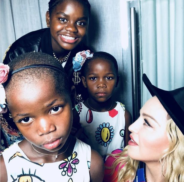Madonna (2)