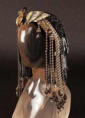 f53b2ed884ad462f47719f013719e8a3--cleopatra-wig-caesar-and-cleopatra