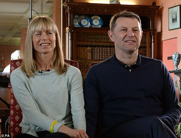 3FBA7A6700000578-4459308-This_is_the_smile_from_Kate_and_Gerry_McCann_as_ten_years_after_-a-1_1493505713658